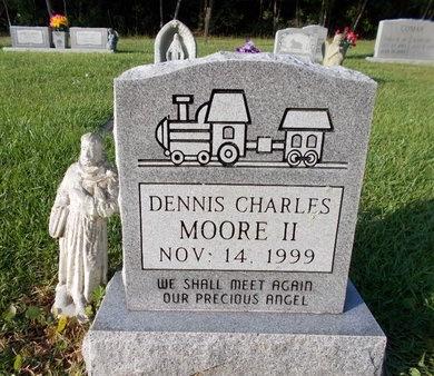 MOORE, DENNIS CHARLES, II - Hancock County, Mississippi | DENNIS CHARLES, II MOORE - Mississippi Gravestone Photos