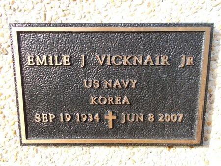 VICKNAIR (VETERAN KOR), EMILE J, JR (NEW) - Hancock County, Mississippi | EMILE J, JR (NEW) VICKNAIR (VETERAN KOR) - Mississippi Gravestone Photos