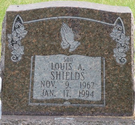 SHIELDS, LOUIS A - Lee County, Mississippi | LOUIS A SHIELDS - Mississippi Gravestone Photos