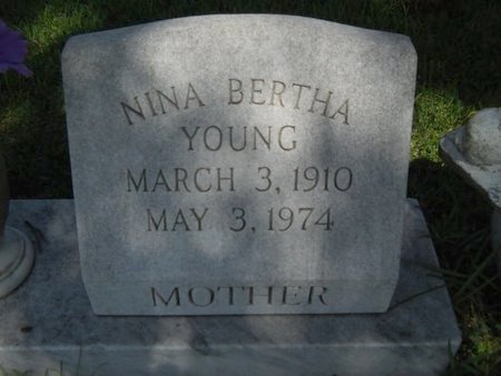 YOUNG, NINA BERTHA - Warren County, Mississippi   NINA BERTHA YOUNG - Mississippi Gravestone Photos
