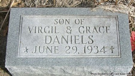 DANIELS, INFANT SON - Adair County, Missouri | INFANT SON DANIELS - Missouri Gravestone Photos
