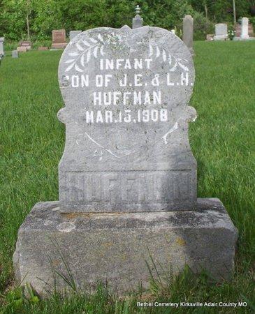 HUFFMAN, INFANT SON - Adair County, Missouri | INFANT SON HUFFMAN - Missouri Gravestone Photos
