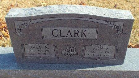 KING CLARK, FALA NOVETA - Barry County, Missouri   FALA NOVETA KING CLARK - Missouri Gravestone Photos
