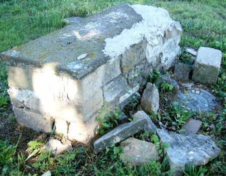 UNKNOWN, CRYPT - Callaway County, Missouri   CRYPT UNKNOWN - Missouri Gravestone Photos