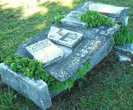 UNKNOWN, CRYPT - Callaway County, Missouri | CRYPT UNKNOWN - Missouri Gravestone Photos