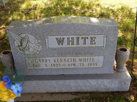 WHITE, GARRY KENNETH - Christian County, Missouri | GARRY KENNETH WHITE - Missouri Gravestone Photos