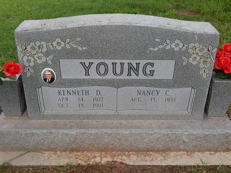 YOUNG, KENNETH D - Christian County, Missouri | KENNETH D YOUNG - Missouri Gravestone Photos