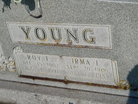 YOUNG, ROY F (CLOSE-UP) - Christian County, Missouri | ROY F (CLOSE-UP) YOUNG - Missouri Gravestone Photos