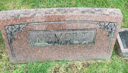 *, DEMOTT FAMILY HEADSTONE - Gentry County, Missouri   DEMOTT FAMILY HEADSTONE * - Missouri Gravestone Photos
