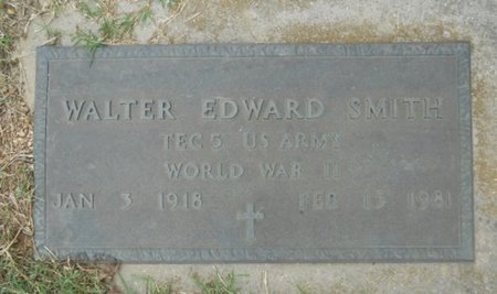 SMITH, WALTER EDWARD VETERAN WWII - Howell County, Missouri | WALTER EDWARD VETERAN WWII SMITH - Missouri Gravestone Photos