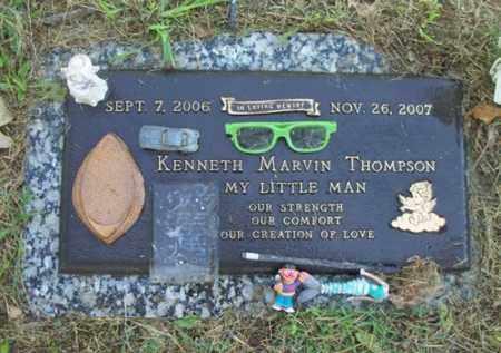 THOMPSON, KENNETH MARVIN - Howell County, Missouri   KENNETH MARVIN THOMPSON - Missouri Gravestone Photos