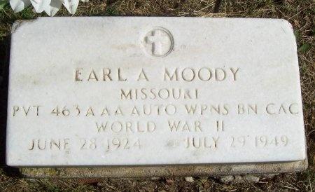 MOODY, EARL AUSTIN (VETERAN-WWII) - Lawrence County, Missouri | EARL AUSTIN (VETERAN-WWII) MOODY - Missouri Gravestone Photos