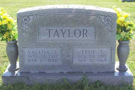 TAYLOR, VALEDA S. - Lawrence County, Missouri   VALEDA S. TAYLOR - Missouri Gravestone Photos
