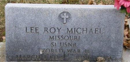 MICHAEL, LEE ROY (VETERAN WWII) - McDonald County, Missouri | LEE ROY (VETERAN WWII) MICHAEL - Missouri Gravestone Photos