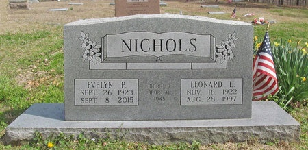 VANCLEAVE NICHOLS, EVELYN PEARL - McDonald County, Missouri | EVELYN PEARL VANCLEAVE NICHOLS - Missouri Gravestone Photos