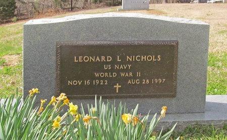 NICHOLS, LEONARD LEROY VETERAN WWII - McDonald County, Missouri | LEONARD LEROY VETERAN WWII NICHOLS - Missouri Gravestone Photos