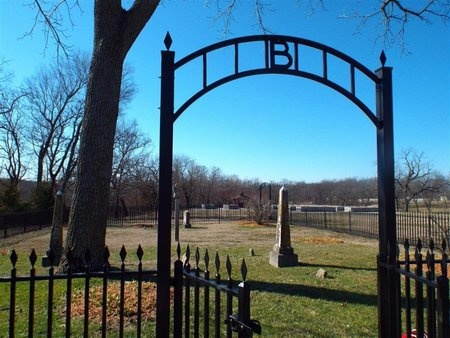 *, CEMETERY ENTRANCE - Newton County, Missouri | CEMETERY ENTRANCE * - Missouri Gravestone Photos