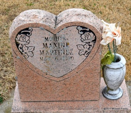 MARTINEZ, MAXINE - Newton County, Missouri | MAXINE MARTINEZ - Missouri Gravestone Photos