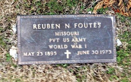 FOUTES, REUBEN M VETERAN - Pike County, Missouri   REUBEN M VETERAN FOUTES - Missouri Gravestone Photos