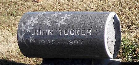 TUCKER, JOHN W - Pike County, Missouri | JOHN W TUCKER - Missouri Gravestone Photos