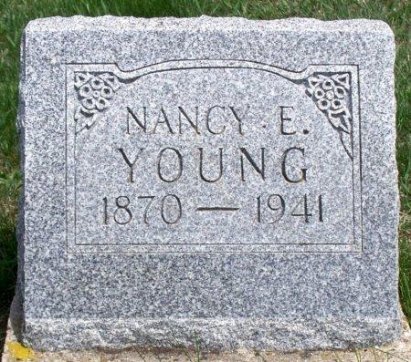 YOUNG, NANCY EMILY - Schuyler County, Missouri | NANCY EMILY YOUNG - Missouri Gravestone Photos