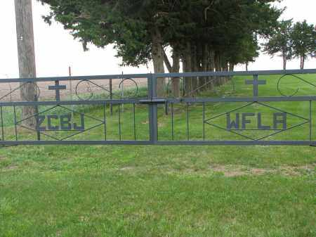 *SIGNS AT EAST GATE, . - Boyd County, Nebraska | . *SIGNS AT EAST GATE - Nebraska Gravestone Photos