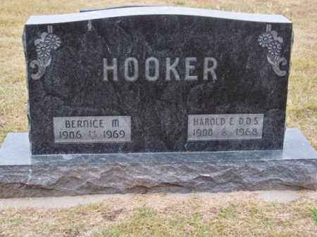 HOOKER, HAROLD E. D.D.S. - Brown County, Nebraska | HAROLD E. D.D.S. HOOKER - Nebraska Gravestone Photos