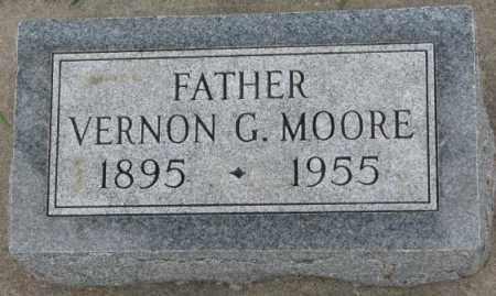 MOORE, VERNON G. - Dakota County, Nebraska | VERNON G. MOORE - Nebraska Gravestone Photos