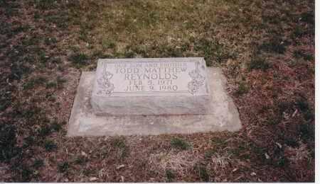 REYNOLDS, TODD MATTHEW - Dawson County, Nebraska | TODD MATTHEW REYNOLDS - Nebraska Gravestone Photos
