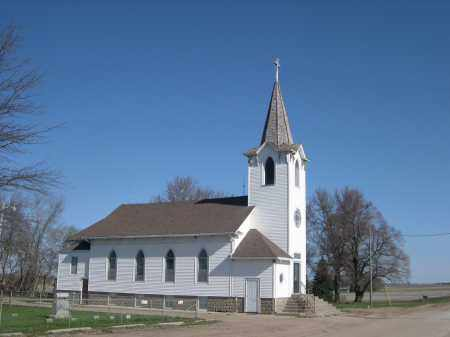 *BLUFFS CEMETERY, BLUFFS TRINITY LUTHERAN CHURCH - Dodge County, Nebraska   BLUFFS TRINITY LUTHERAN CHURCH *BLUFFS CEMETERY - Nebraska Gravestone Photos
