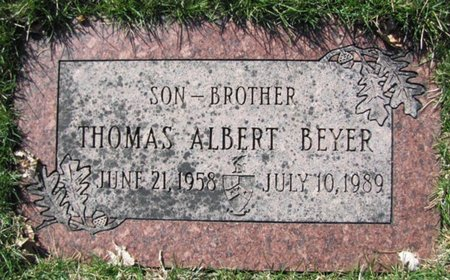 BEYER, THOMAS ALBERT - Douglas County, Nebraska | THOMAS ALBERT BEYER - Nebraska Gravestone Photos
