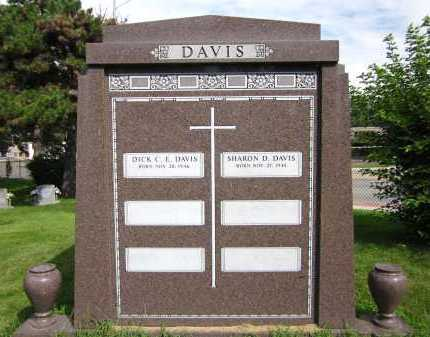 DAVIS, SHARON D. - Douglas County, Nebraska | SHARON D. DAVIS - Nebraska Gravestone Photos