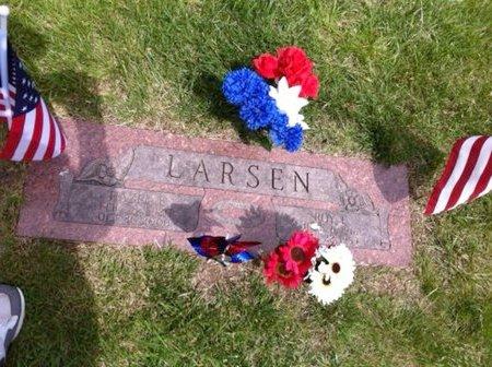 LARSEN, ROY I. - Douglas County, Nebraska | ROY I. LARSEN - Nebraska Gravestone Photos