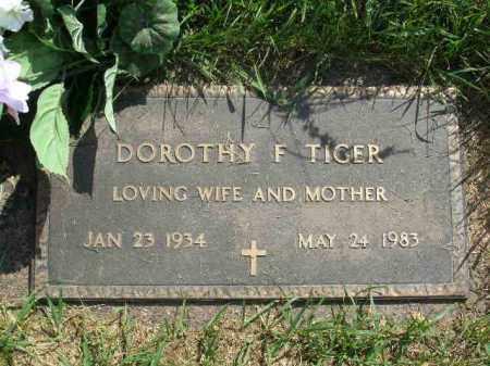 TIGER, DOROTHY FAYE - Douglas County, Nebraska | DOROTHY FAYE TIGER - Nebraska Gravestone Photos