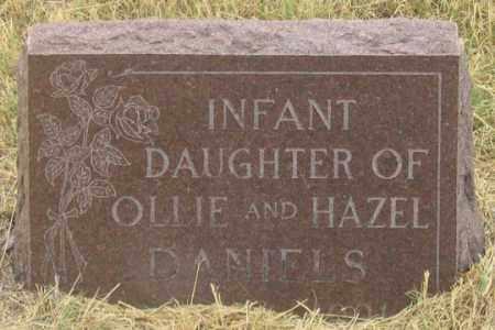 DANIELS, INFANT DAUGHTER - Dundy County, Nebraska | INFANT DAUGHTER DANIELS - Nebraska Gravestone Photos