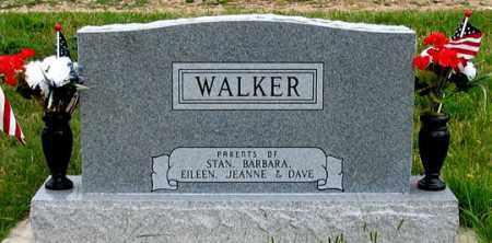 "WALKER, ""BILL"" & DOROTHY FAMILY HEADSTONE REAR - Dundy County, Nebraska | ""BILL"" & DOROTHY FAMILY HEADSTONE REAR WALKER - Nebraska Gravestone Photos"
