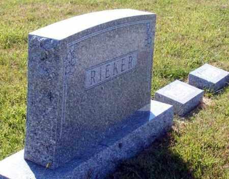 RIEKER, FAMILY - Frontier County, Nebraska   FAMILY RIEKER - Nebraska Gravestone Photos