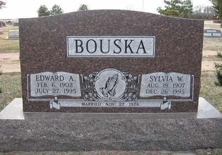 BOUSKA, SYLVIA W - Holt County, Nebraska   SYLVIA W BOUSKA - Nebraska Gravestone Photos