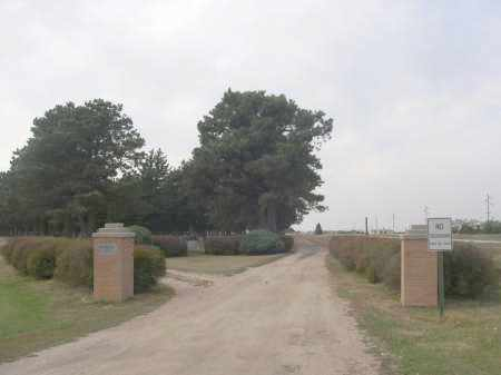 *WOODLAWN CEMETERY, ENTRANCE TO - Holt County, Nebraska   ENTRANCE TO *WOODLAWN CEMETERY - Nebraska Gravestone Photos