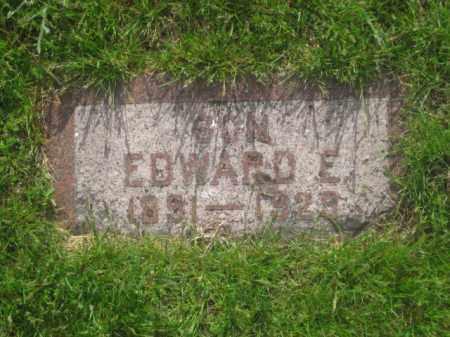 HOLMQUIST, EDWARD E. - Kearney County, Nebraska | EDWARD E. HOLMQUIST - Nebraska Gravestone Photos