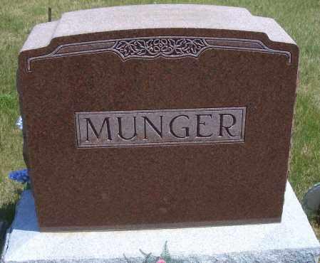 MUNGER, FAMILY HEADSTONE - Madison County, Nebraska | FAMILY HEADSTONE MUNGER - Nebraska Gravestone Photos