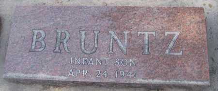 BRUNTZ, INFANT SON - Saline County, Nebraska | INFANT SON BRUNTZ - Nebraska Gravestone Photos
