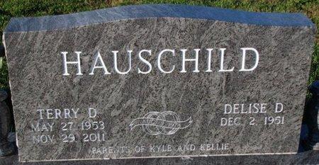 HAUSCHILD, TERRY D. - Saunders County, Nebraska | TERRY D. HAUSCHILD - Nebraska Gravestone Photos