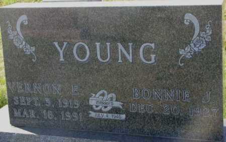 YOUNG, BONNIE J. - Thurston County, Nebraska | BONNIE J. YOUNG - Nebraska Gravestone Photos