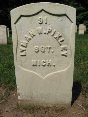 PIXLEY, SGT.LYMAN W. - Burlington County, New Jersey   SGT.LYMAN W. PIXLEY - New Jersey Gravestone Photos