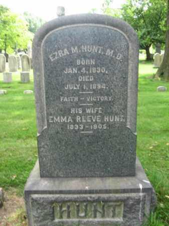 HUNT, EZRA M. - Middlesex County, New Jersey   EZRA M. HUNT - New Jersey Gravestone Photos