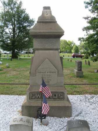 SWORDS, BREVET MAJOR GENERAL THOMAS - Middlesex County, New Jersey | BREVET MAJOR GENERAL THOMAS SWORDS - New Jersey Gravestone Photos