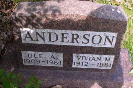 ANDERSON, VIVIAN M. - Cass County, North Dakota | VIVIAN M. ANDERSON - North Dakota Gravestone Photos