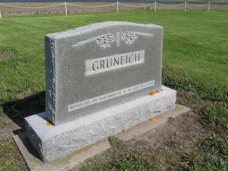 GRUNEICH 053, FAMILY (GOTTFRIED) MARKER - Dickey County, North Dakota | FAMILY (GOTTFRIED) MARKER GRUNEICH 053 - North Dakota Gravestone Photos