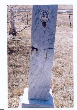 NICKLAUS GEORG, KATHARINA, MOSER - McIntosh County, North Dakota | KATHARINA, MOSER NICKLAUS GEORG - North Dakota Gravestone Photos